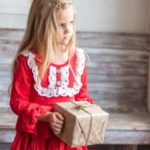 Other - 💕FINAL PRICE 💕Ruffled Lace Red Christmas Dress